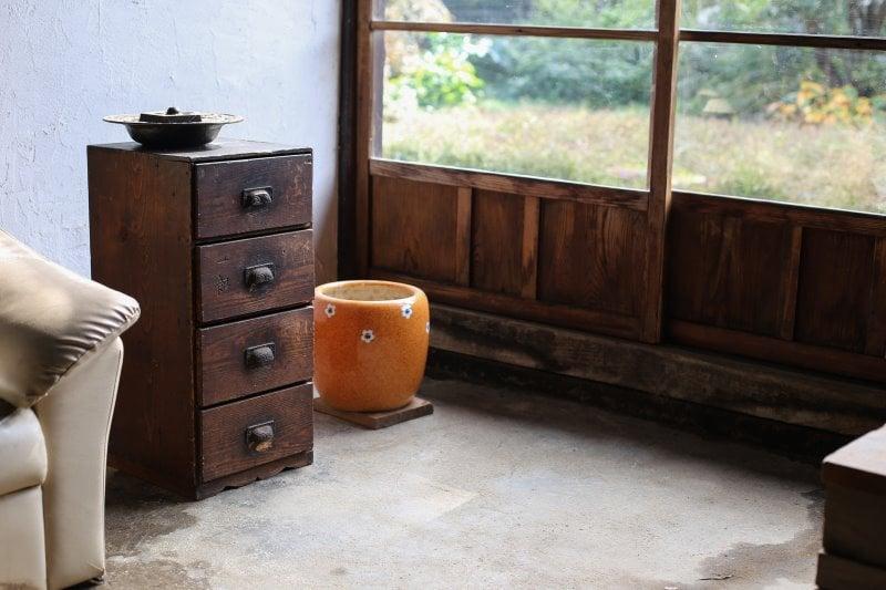 Mueble recibidor tienda en Puigcerda